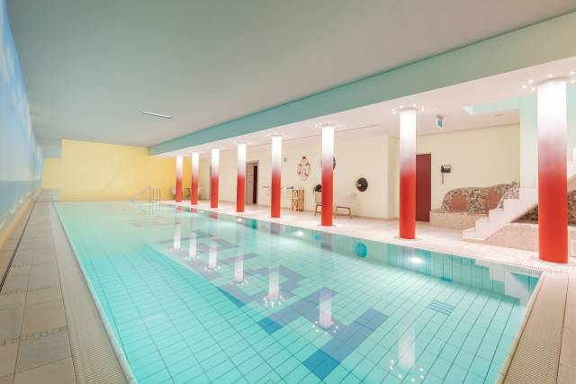 18 Meter Indoor-Pool im Hotel Plankl